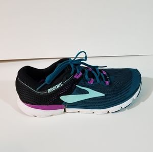 Brooks Neuro 3 Athletic Running Sneakers